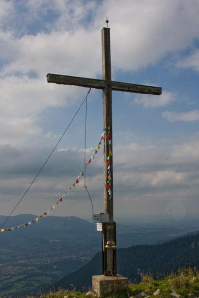 Artikelbild Isarwinkeltour Gipfelkreuz Schönberg Lenggries