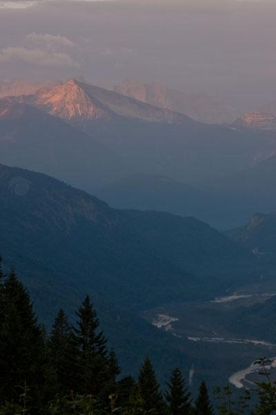 Artikelbild Isarwinkeltour Sonnenaufgang über dem Karwendel