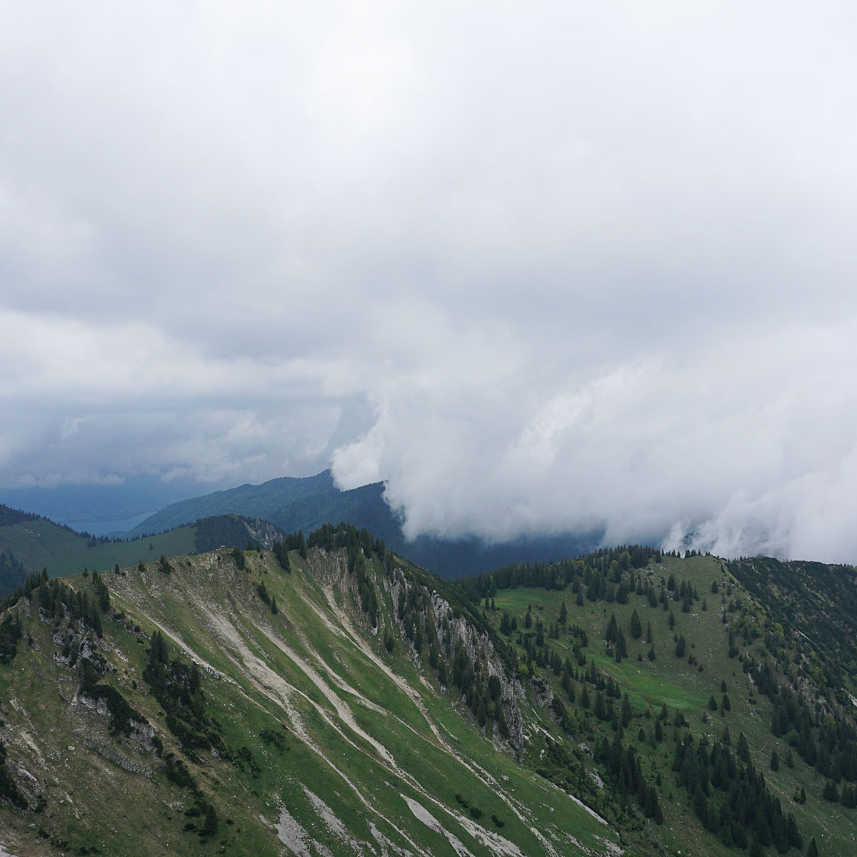 Artikelbild Spitzingsee Brecherspitze Regenwetter